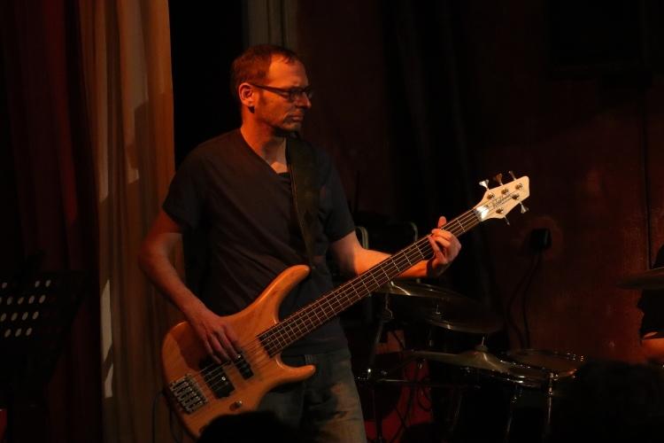 Die-Band6
